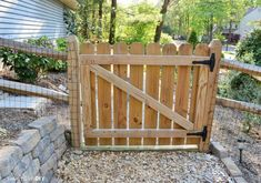 You can build this DIY garden arbor thanks to plans from The Family Handyman. It's big, but not difficult, only 6 pieces of wood total. Build it yourself! Building A Wooden Gate, Wood Picket Fence, Wooden Garden Gate, Wooden Gates, Pallet Fence, Diy Fence, Backyard Fences, Wood Fences, Fence Ideas