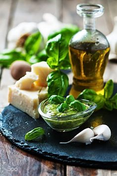 menentk: Italian traditional pesto with basil, cheese and oil