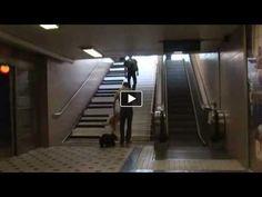 VW如何讓行人走樓梯而不搭手扶梯?
