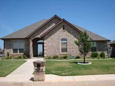 Bad Credit?  let me help you get into your Dream Home!  Lease Purchase this Edmond Home! http://searchallproperties.com/listings/1590615/15312-Sugarloaf-Dr-Edmond-OK
