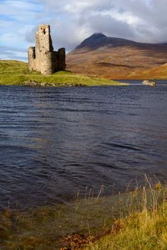 Ardvreck Castle and Loch Assynt, Sutherland, North West Highlands.