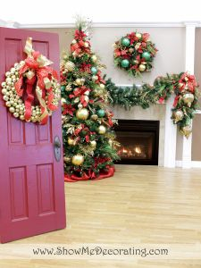 Christmas Door -Dress up a Gold Ball wreath with a gorgeous #ShowMeDecorating bow