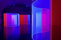 Fluorescent Acrylic Glass Art – Fubiz Media