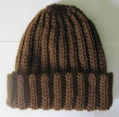 Basic Crochet Ribbed Hat By Rebekah Thompson - Free Crochet Pattern - (ravelry)