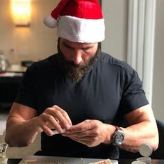 Dan Bilzerian, Badass, Peeps, Merry Christmas, Men's Fashion, Photo And Video, Lifestyle, Clothing, Instagram