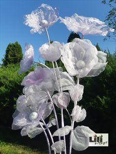 Ezek a légies, könnyed szirmú virágok nem csak esküvőkön várhatják a vendégeket. Minden olyan helyen varázslatot visznek béghez, ahol főleg hölgyek fordulnak meg. Legyen az butik, szépségszalon vagy  kiállítás.