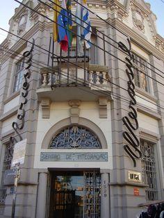 http://leonardo-alves.com/trabalhointeligente Pelotas, RS, Brasil. Minha cidade natal.