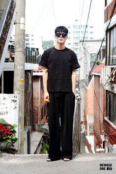 Handsome Asian Men, Handsome Boys, Asian Actors, Korean Actors, Korea Street Style, Seoul Fashion, Street Fashion, Boy Photography Poses, Korean Drama Movies