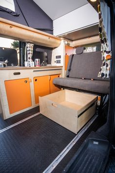 Removable underbid draw, makes room for surfboards or a kayak