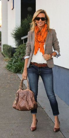 Gorgeous casual or business casual blazer outfit for fall with a great orange scarf and simple brown flats. Gorgeous casual or business casual blazer outfit for fall with a great orange scarf and simple brown flats. Look Fashion, Autumn Fashion, Fashion Outfits, Trendy Fashion, Fashion Women, Fashion Ideas, Workwear Fashion, Fashion Trends, Office Fashion