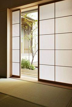 une porte coulissante de style chinois, aménagement chinois, idée, maison