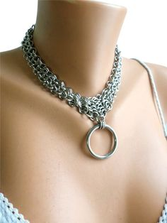 Strong, stylish, and eye catching this gorgeous chainmail bondage collar will stand the test of time. Hand woven in a stacked Euro 4-1 weave, this chainmail bondage collar in Stainless Steel is built to withstand anything you can throw at it, while being a beautiful
