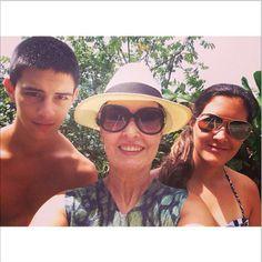 Fátima Bernardes curte o fim das férias com os filhos (Delícia!)