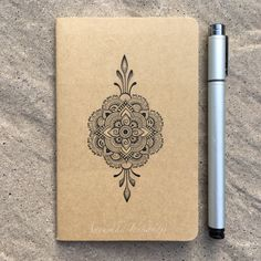 Fashion sketchbook cover art journals ideas for 2019 Mandala Doodle, Mandala Art Lesson, Mandala Drawing, Mandala Painting, Doodle Art, Mandala Hand Tattoos, Small Hand Tattoos, Triangle Tattoos, Sketchbook Cover