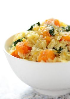 Orzo with Butternut Squash and Spinach - creamy orzo, leftover butternut squash and baby spinach turned into a quick healthy dish - diettaste.com