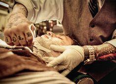 breakfastdreamss:    handcraftedinvirginia:manchannel:Proper Barbershop - Denver, CO