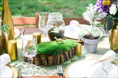 Gold rustic table decor http://simxa.livejournal.com/452867.html