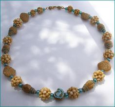 tiny beaded bead pattern - follow the link http://i-seven.livejournal.com/178242.html.