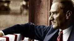 """Arkadaşlarından birinin, """"Allah sana çok ömürler versin; yoksa vah bu milletin haline!"""" demesi üzerine Atatürk şöyle cevap verir: """"Bu sözünüz beni çok üzdü! Düşmanlarımız da böyle söylüyor, onlar da """"Ölsün de kurduğu eser yok olsun!"""" demiyorlar mı? Ve bunu beklemiyorlar mı? Niçin böyle düşünüyorsunuz? Her şeyi niçin bana mâl etmek istiyorsunuz? Ben bir eser meydana getirdimse milletimin güç ve kuvvetine ve ondan aldığım ilhama dayanarak yaptım. Sizleri konuşturdum!"""""""
