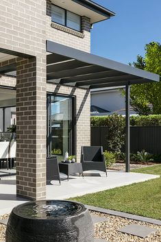 OUTDOOR LIVING / ALFRESCO -  Synergy 29 with Vibe 2 Facade on display at Elara Custom Home Designs, Custom Homes, New Home Builders, Outdoor Living, Outdoor Decor, Investment Property, Facade, Pergola, New Homes