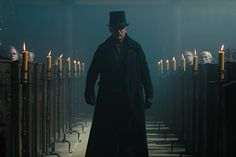 The top hat of James Delaney (Tom Hardy) in Taboo Tom Hardy In Taboo, Tom Hardy Jacket, Real Leather, Leather Men, Gangster Fancy Dress, James Delaney, Blue Green Eyes, Leather Factory, Welcome To The Family