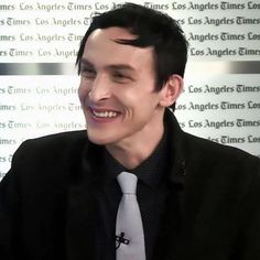 More of smiley, perfect Robin to make your day a little brighter #gothamonfox #gothamites #gotham #robinlordtaylor #oswaldcobblepot #oswaldchesterfieldcobblepot #penguin #thepenguin