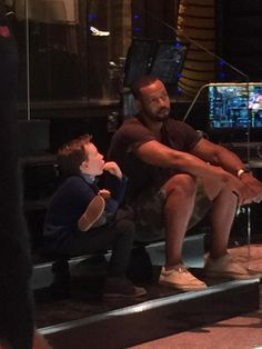 #Max takes advice from #Luke backstage. @isaiahmustafa @ShadowhuntersTV @ShadowhuntersWR #shadowhunters