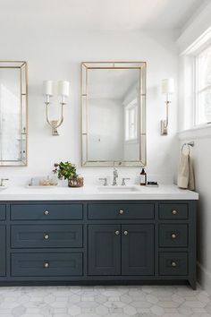 studiomcgee_- Could use the same dark blue/black from kitchen on bathroom vanity. Bathroom Renos, Bathroom Renovations, Bathroom Interior, Modern Bathroom, Small Bathroom, Bathroom Ideas, Bathroom Organization, Bathroom Plans, Classic Bathroom
