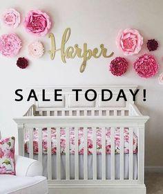 Baby Nursery Name Sign - Nursery Wall Decor - Babyzimmer Baby Girl Room Decor, Baby Bedroom, Nursery Wall Decor, Baby Decor, Girls Bedroom, Nursery Ideas, Baby Girl Rooms, Baby Girl Nursey, Room Baby