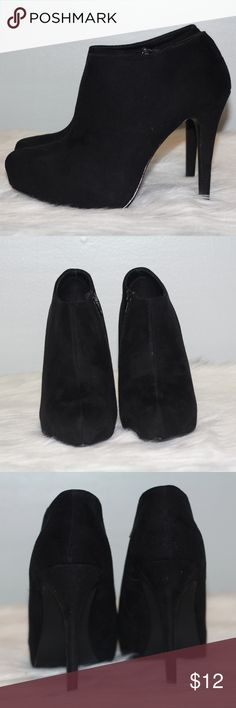 Black Ankle Booties Used! Size 9! Heel is 5 inch! Suede like material! Please see ALL pictures! Has A few scuff marks! see last 2 pictures! Shoes Ankle Boots & Booties