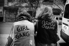 Girl gang / black and white photography / feminism / best friends