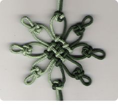 Flower knot made with 8 cross knots and pan-chang knot..... photo only