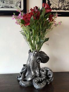 Dellamorte & Co., octopus vase, interior design, home decor, home accessories, vases, animals