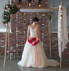 #romantic #ValentinesDay #wedding #ceremony #backdrop @weddingchicks