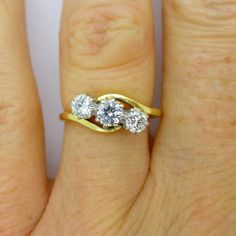 Vintage Diamond engagement ring 3 Three stone Trilogy crossover bypass English…