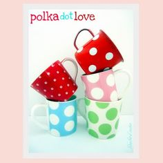 I absolutely love polkadots! Dots makes everything so much more fun :-)