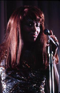 laurapalmerwalkswithme:Tina Turner, 1970