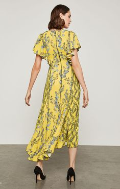 Floral Blooms High-Low Dress Corte Y Color, Ruffles, High Low, Wrap Dress, Shoulder Dress, Bloom, Yellow, Inspiration, Clothes