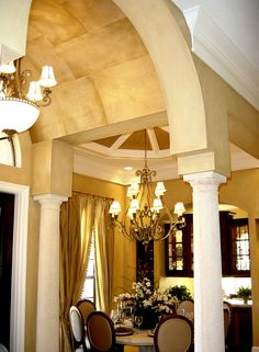 Speir Faux Finishes - Metallic geometric finish in entry ceiling and color washed walls.