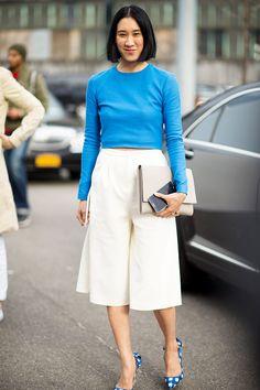 Eva Chen in a blue top, culotte shorts, and gingham Miu Miu pumps. Fashion Week 2015, New York Fashion, Fashion Weeks, Khadra, Eva Chen, Culotte Shorts, Printed Maxi Skirts, Look At You, Bermudas