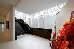 Image 9 of 13 from gallery of White Rabbit Gallery / Smart Design Studio. Contemporary Stairs, Contemporary Building, Contemporary Cottage, Contemporary Wallpaper, Contemporary Office, Contemporary Bathrooms, Contemporary Interior, Contemporary Architecture, Australian Architecture