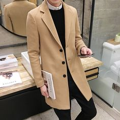 How To Wear A Men's Camel Coat (Top Guide)