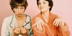 70s Tv Shows, Movies And Tv Shows, Laverne & Shirley, Comedians, Favorite Tv Shows, Movie Tv, Entertaining, Memories, Couple Photos