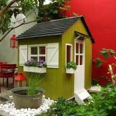 cabane de jardin pour enfant une maison rouge cubique cabanes enfants pinterest jardin. Black Bedroom Furniture Sets. Home Design Ideas