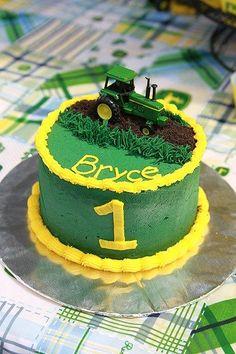 John Deere Smash Cake for a tractor themed birthday party Tractor Birthday Cakes, 1st Boy Birthday, 1st Birthday Parties, Tractor Cakes, Tractor Cupcake Cake, Birthday Cakes For Boys, Birthday Ideas, Birthday Photos, Farm Cake