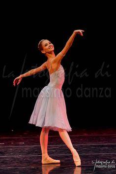 "Anastasia Stashkevich ""il talismano"