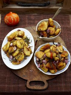 Perfect Roast Potatoes | Jamie Oliver Recipes... this is my GO to recipe for roasted potatoes, so good!