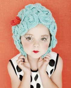 Yarn wig & make up