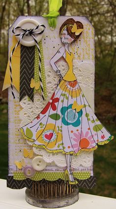 Ideas, blonda, faldita sobresaliente ...Tag using Julie Nutting's Mixed Media Doll Stamps