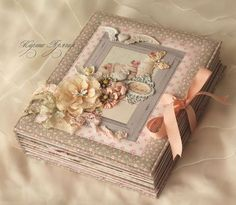 Beautiful photo I love to make Gorgeous Susan Ansley New Zealander in New Zealand Scrapbook Cover, Baby Scrapbook Pages, Mini Scrapbook Albums, Handmade Journals, Handmade Books, Mini Albums, Book Crafts, Paper Crafts, Tutorial Scrapbook